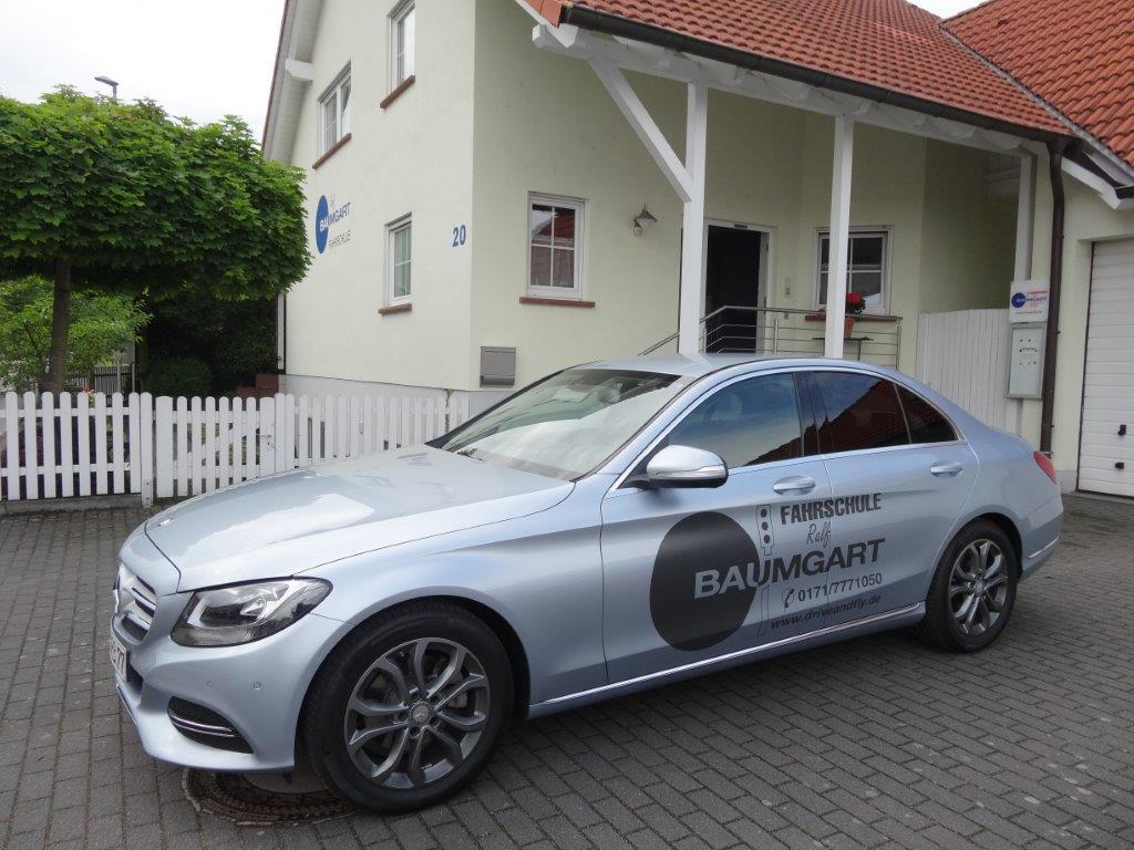Ausbildungsfahrzeug der Klasse B – Daimler Benz C-Klasse